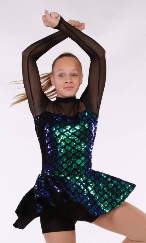 HEARTBREAKER  - Black Velvet with green diamond sequin