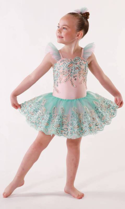 BEAUTIFUL DOLL + hair accessory  Dance Costume