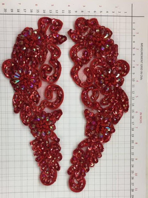 BEAD AND SEQUIN APPLIQUE - 2 piece mirrored set - Red