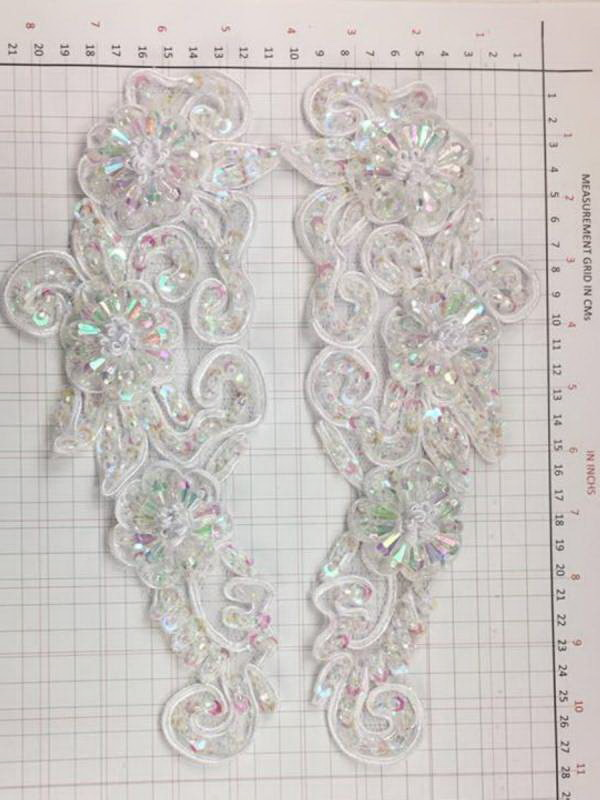 BEAD AND SEQUIN APPLIQUE - 2 piece mirrored set - White Pearl